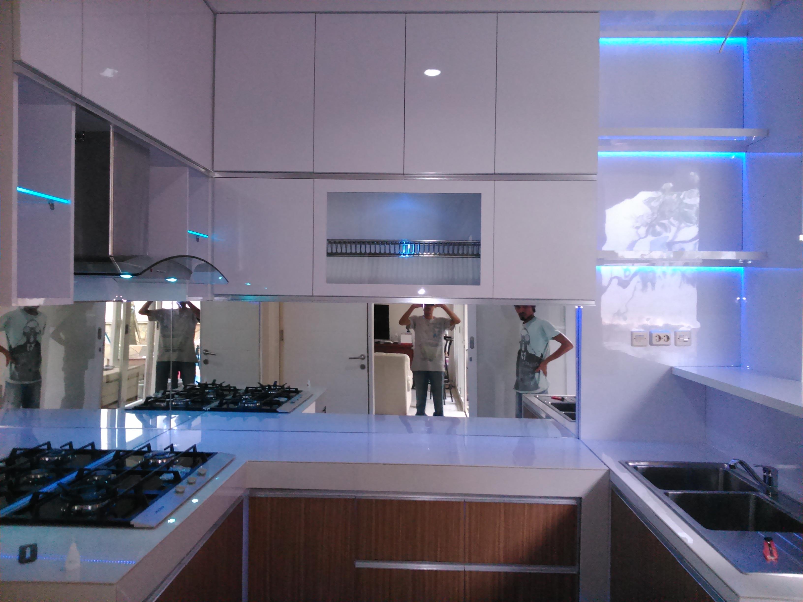 Dsc 0064 jasa pembuatan kitchen set minimalis modern for Kitchen set jakarta timur